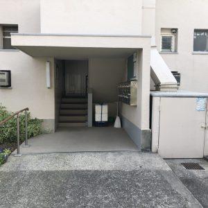 階段・ポスト(外観)