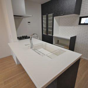 当社モデルハウス施工例(キッチン)