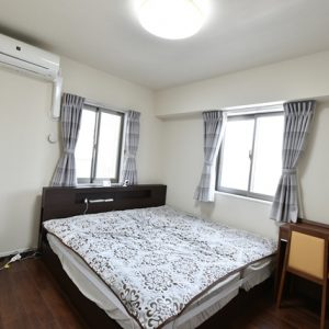 広々約7帖の主寝室