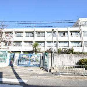 堺市立小学校(450m)徒歩6分(周辺)